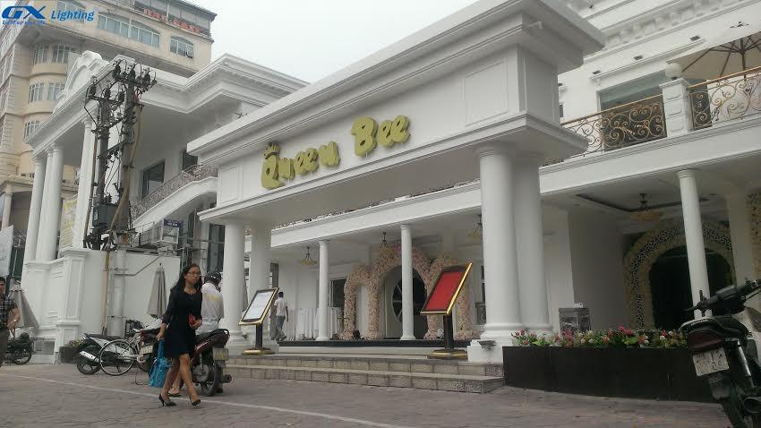 cong-trinh-den-led-cho-chuoi-nha-hang-queen-bee